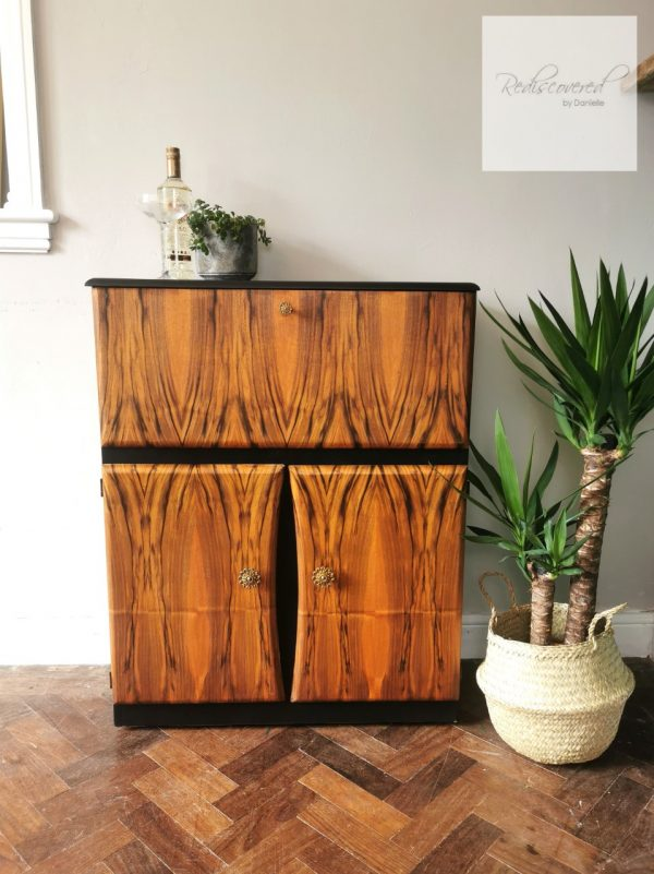 Retro Cocktail Cabinet with Mirrored Interior