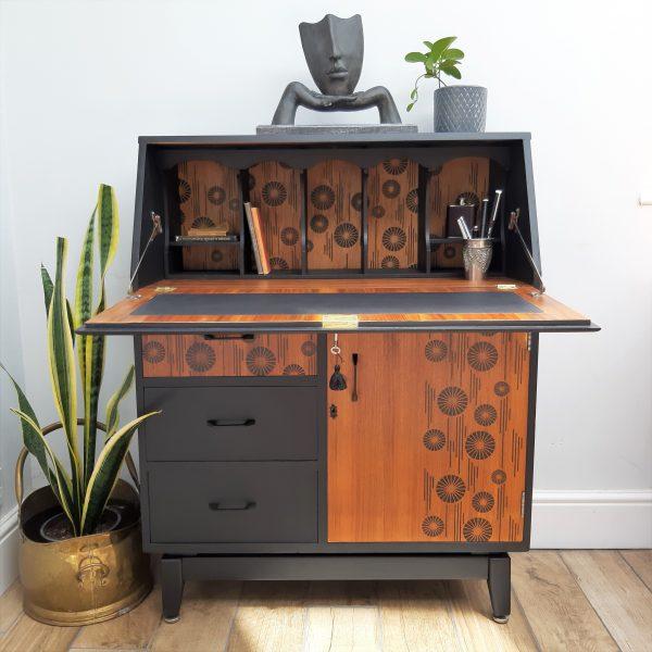 Turnidge Bureau writing desk upcycled No 1 1 scaled
