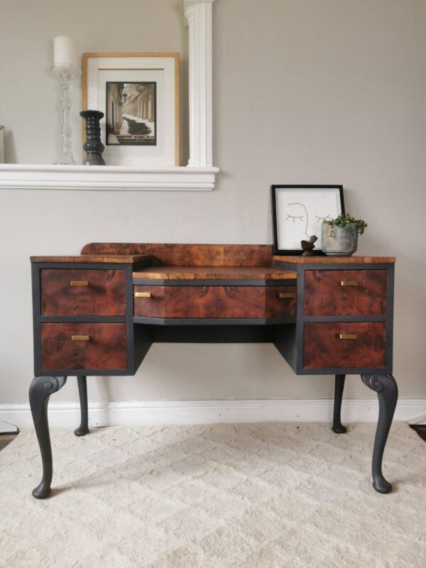 split level grey dressing table