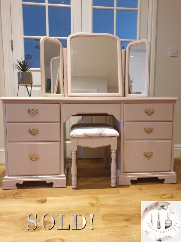Dressing table insta image